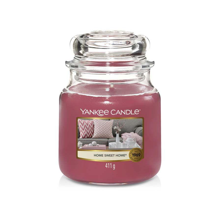 Yankee Candle Home Sweet Home vonná svíčka classic střední
