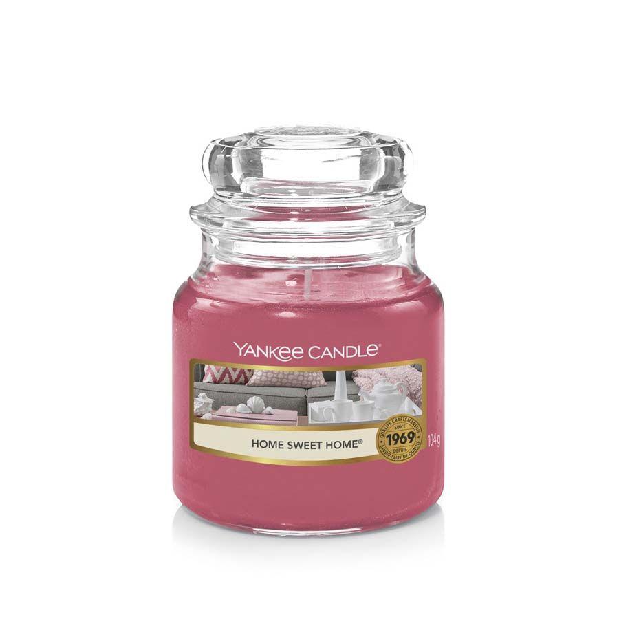 Yankee Candle Home Sweet Home vonná svíčka classic malý